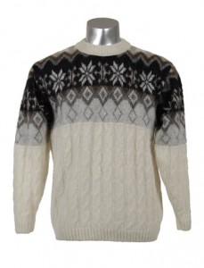 Распродажа пуловеров из исландской шерсти по ценам 2013 года